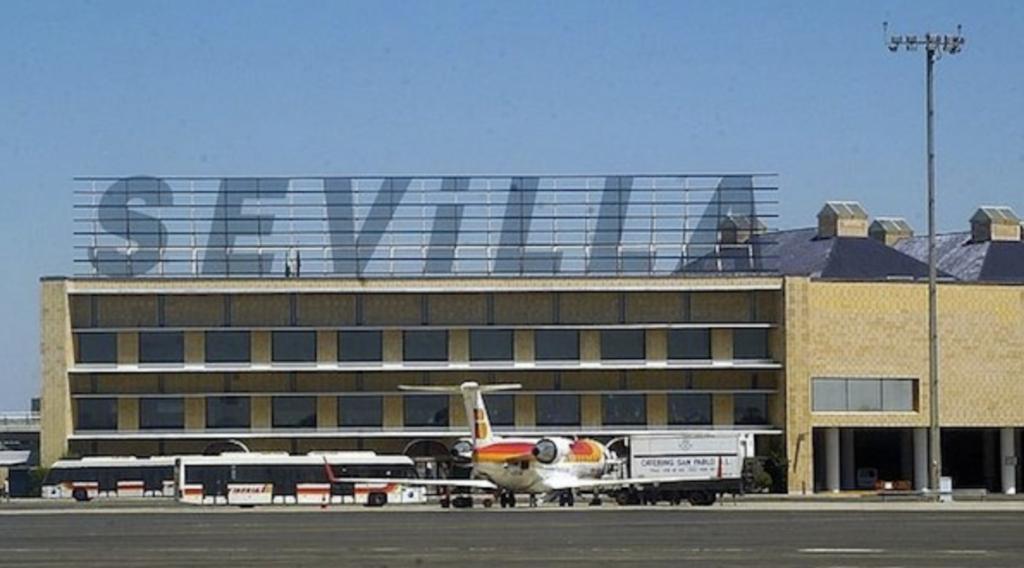 Come raggiungere Siviglia centro dall'aeroporto e ...